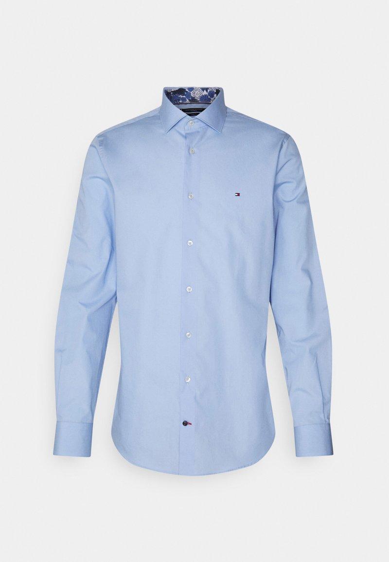 Tommy Hilfiger Tailored - SOLID SLIM SHIRT - Formal shirt - light blue