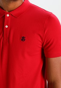 Selected Homme - SLHARO EMBROIDERY - Polo shirt - true red - 3