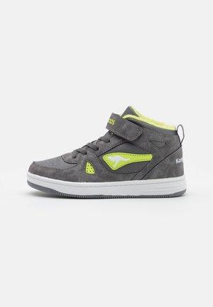 KALLEY II  - Sneakersy wysokie - steel grey/lime
