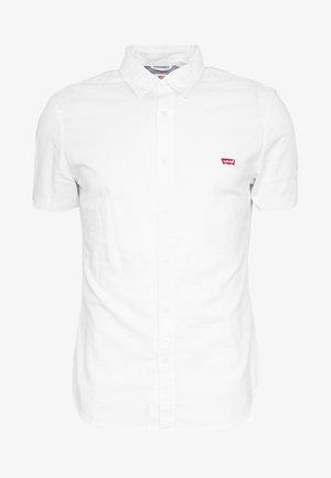 BATTERY SLIM - Shirt - white