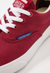 Jack & Jones Junior - JRMORK - Sneakers laag - red dahlia - 2