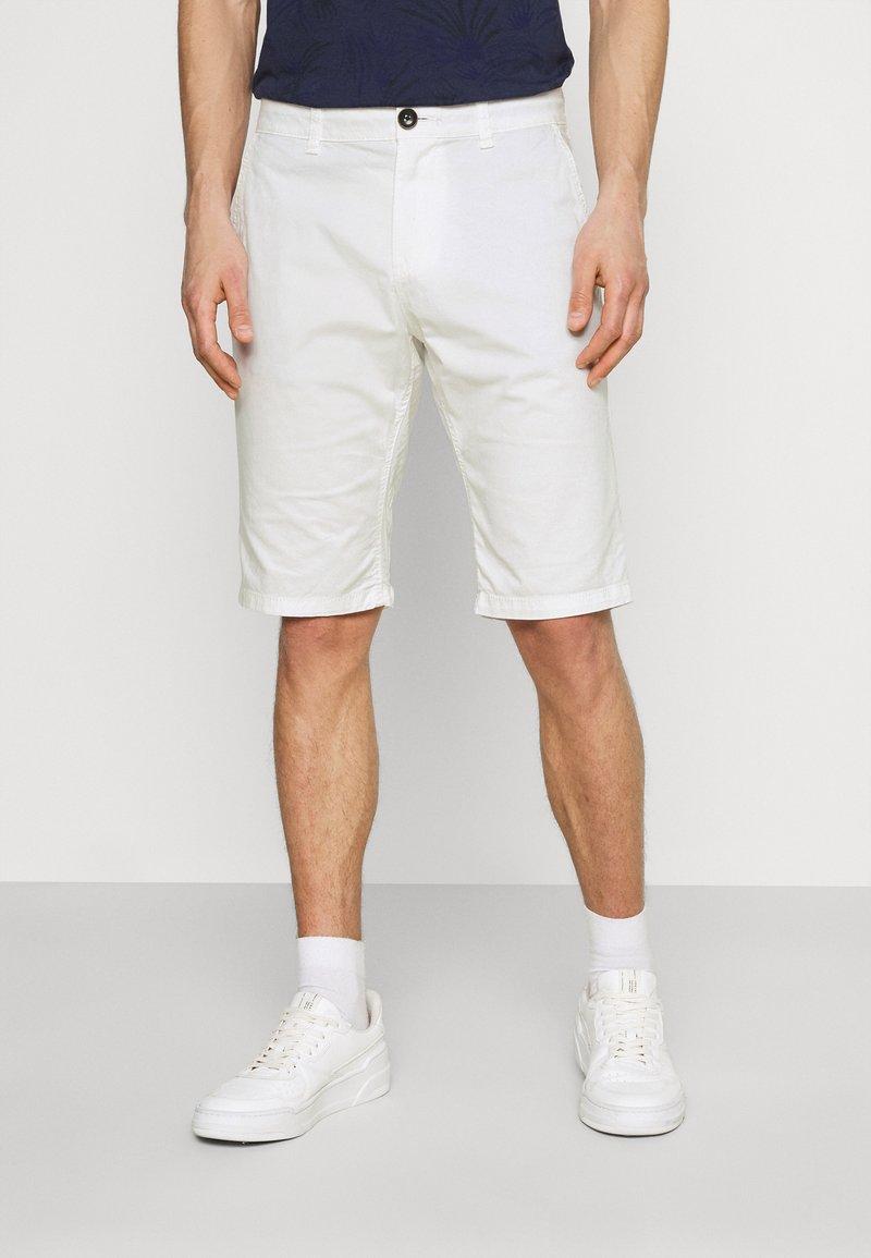 TOM TAILOR - JOSH  - Shorts - off white