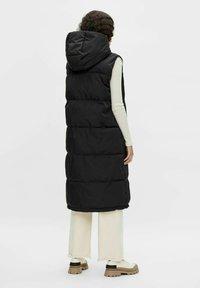 Object - OBJARIA - Waistcoat - black - 2