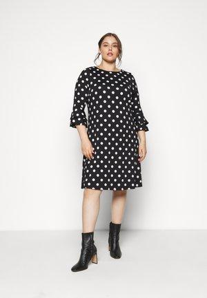 FRILL SLEEVE DRESS - Denní šaty - black