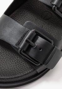 Calvin Klein - MELVIN - Pantoffels - black - 5