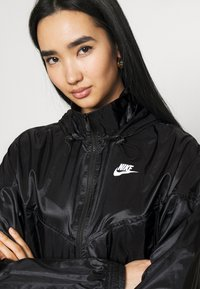 Nike Sportswear - SUMMERIZED - Summer jacket - black/white - 3
