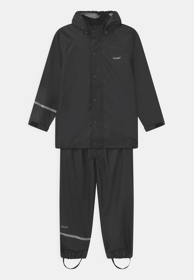 SET UNISEX - Pantalon de pluie - black