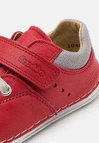 Froddo - PAIX COMBO UNISEX - Zapatos con cierre adhesivo - red - 5