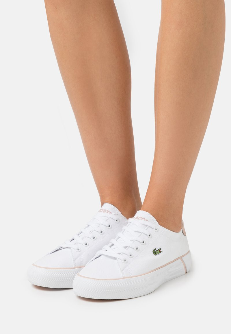 Lacoste - GRIPSHOT  - Trainers - white/light pink