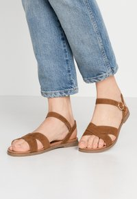 New Look Wide Fit - WIDE FIT GOODIE - Sandales - tan - 0