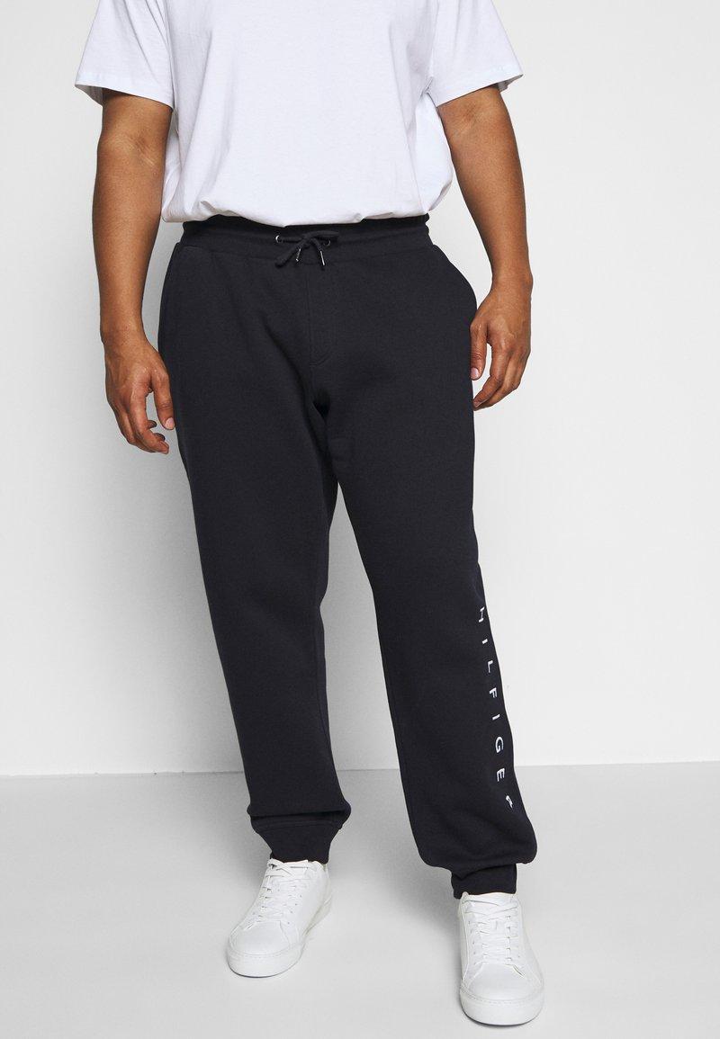 Tommy Hilfiger - BASIC BRANDED - Pantaloni sportivi - blue