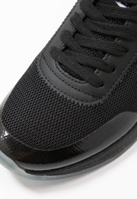 Tommy Jeans - FLEXI RUNNER - Trainers - black - 2