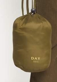 DAY Birger et Mikkelsen - DAY DUNE - Light jacket - forest - 4