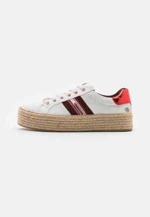 Sznurowane obuwie sportowe - weiss/multicolor