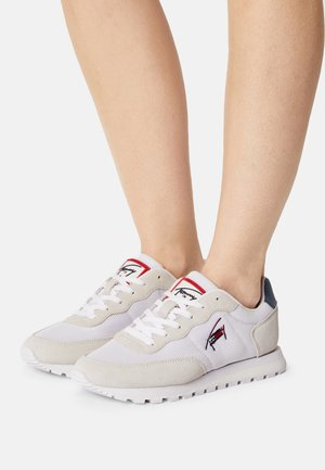 CASUAL RUNNER - Trainers - red/white/blue