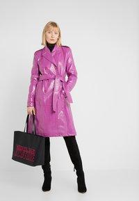 Versace Jeans Couture - Shopper - black - 1