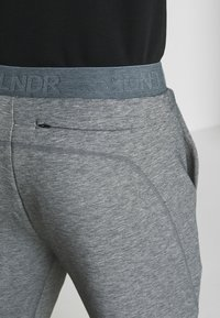 LNDR - TECH PREME TRACKPANT - Tracksuit bottoms - grey marl - 5