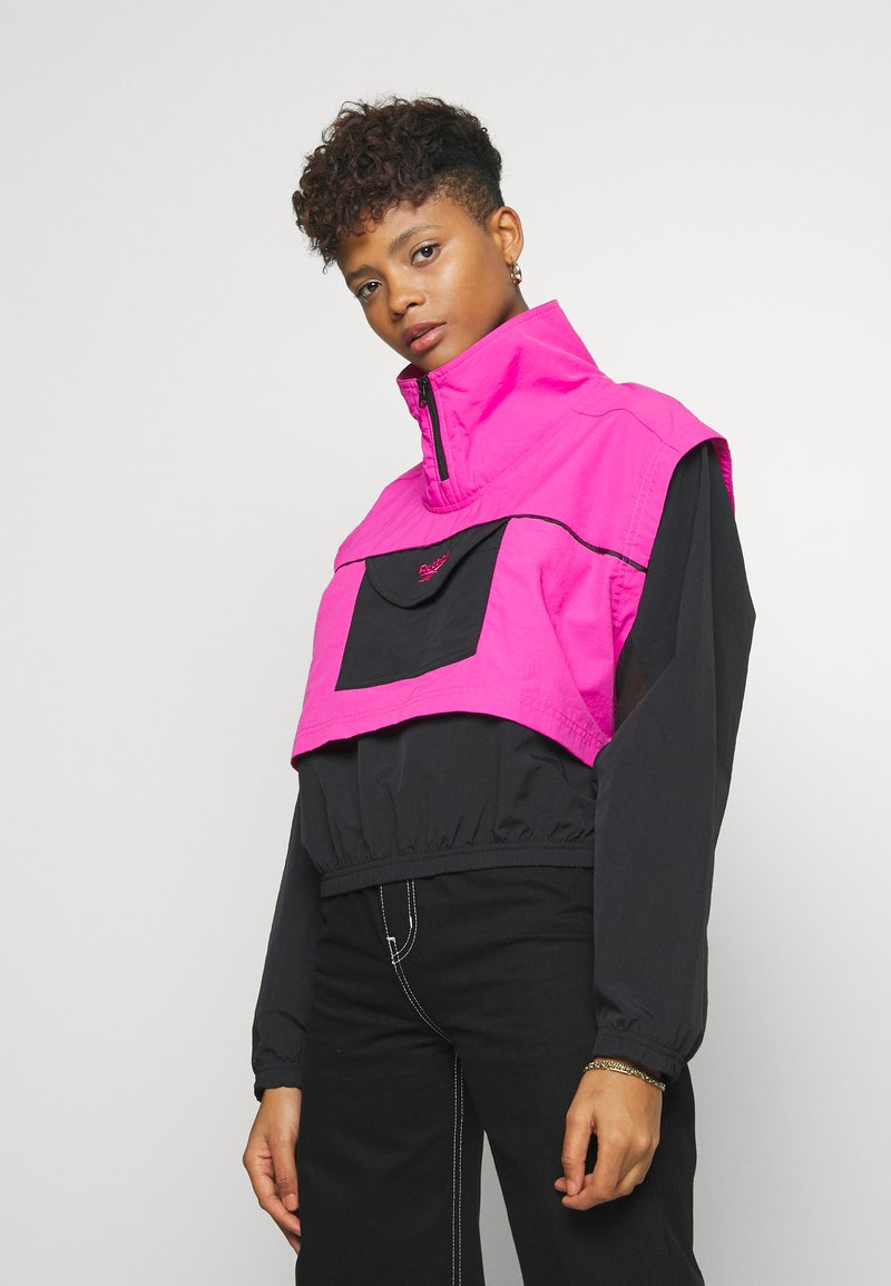 Reebok Classic - COVER UP - Windbreaker - dynamic pink