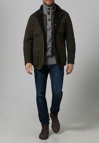 Barbour - OGSTON - Short coat - olive - 0