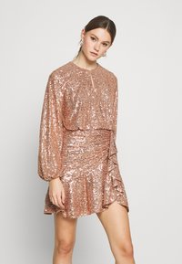 Forever New - ANDREA FLIPPY MINI DRESS - Cocktail dress / Party dress - copper - 0