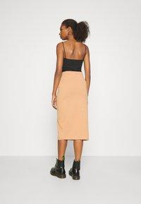 Even&Odd - 2 PACK - Pencil skirt - black/camel - 2