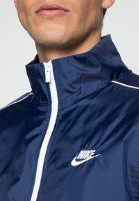 Nike Sportswear - SUIT BASIC - Tuta - midnight navy/white - 4