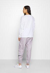 Carhartt WIP - POCKET - Long sleeved top - white - 2