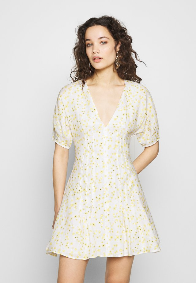 WILD DAISY MINI DRESS - Vapaa-ajan mekko - off white