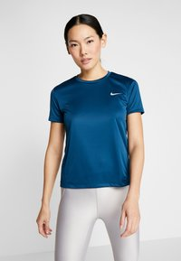 Nike Performance - MILER - Print T-shirt - valerian blue/reflective silver - 0