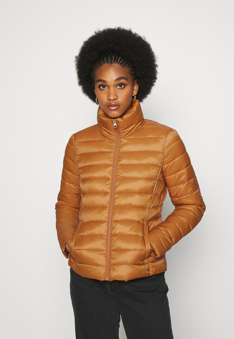 Vila - VISIBIRIA SHORT JACKET - Light jacket - pumpkin spice