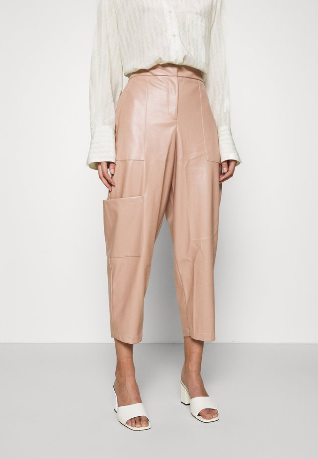 COMBAT TROUSERS - Tygbyxor - blush