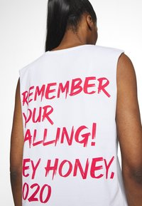 Hey Honey - TANK REMEMBER WHITE - Top - white - 4
