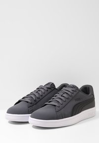 Puma - SMASH  UNISEX - Sneakers - iron gate/puma black - 2