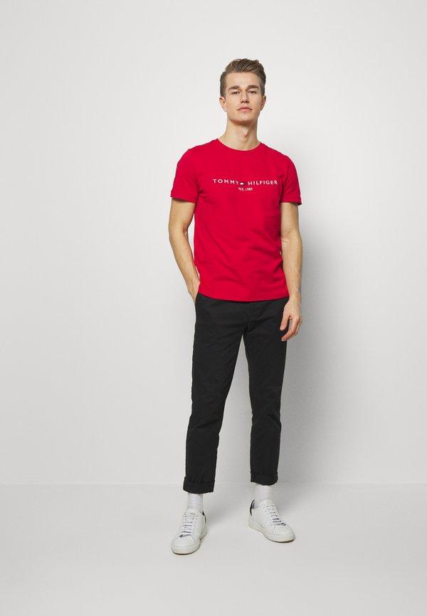 Tommy Hilfiger LOGO TEE - T-shirt z nadrukiem - red/czerwony Odzież Męska KMJJ