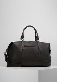 Burton Menswear London - EARED HOLDALL - Weekendbag - brown - 0