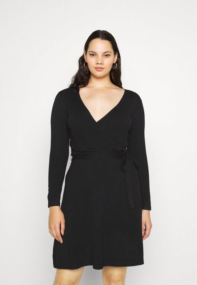 VMKARISARA WRAP DRESS - Abito in maglia - black