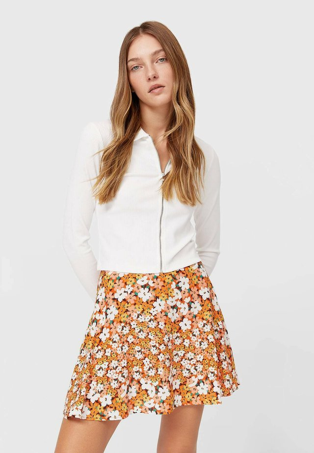 FLOWING - Áčková sukně - orange