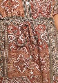 Minimum - SOLALLY DRESS - Vapaa-ajan mekko - picante - 5