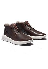 Timberland - BRADSTREET ULTRA CHUKKA - Sneakers hoog - soil - 4