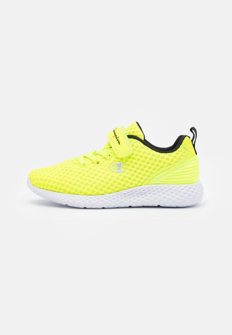 Champion - LOW CUT SHOE SPRINT UNISEX - Sportschoenen - neon yellow