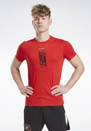 COMBAT WORDMARK TEE - T-Shirt print - red