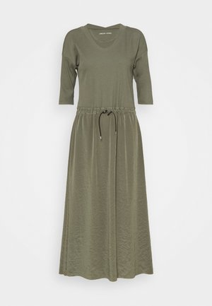 Maxi dress - crocodile