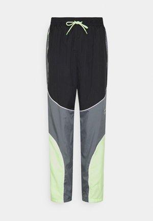 FLY PANT - Tracksuit bottoms - smoke grey/black/barely volt