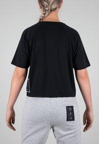 MOROTAI - Print T-shirt - black - 1