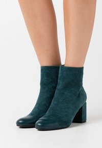 Anna Field - Ankle boots - green - 0