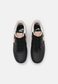 Nike Sportswear - AIR FORCE 1 - Trainers - black/metallic red bronze/light orewood brown/white - 5