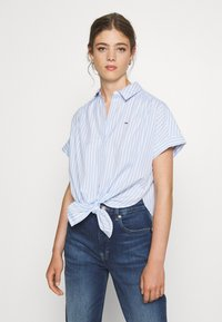 Tommy Jeans - STRIPE KNOT BLOUSE - Button-down blouse - white/moderate blue - 0
