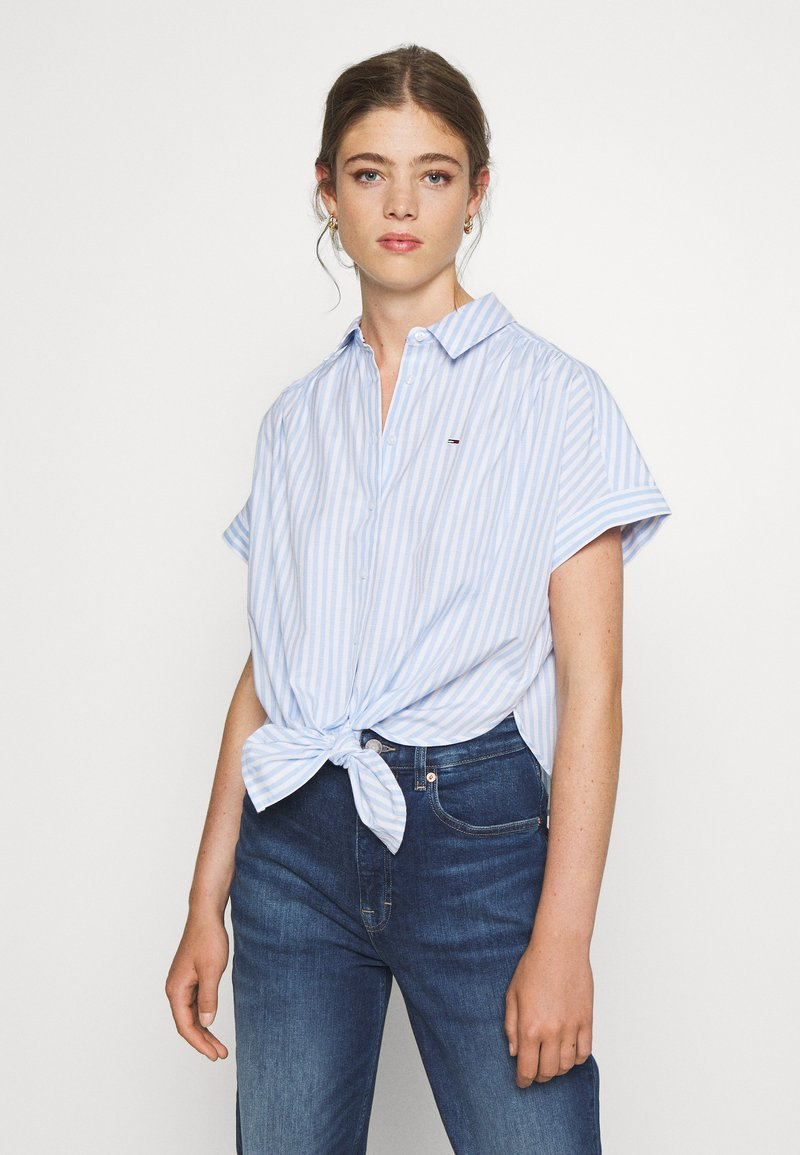 Tommy Jeans - STRIPE KNOT BLOUSE - Button-down blouse - white/moderate blue