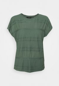 Vero Moda - VMFAIZAAVA - Print T-shirt - laurel wreath - 0