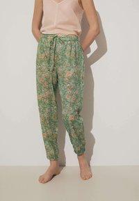 OYSHO - Pyjama bottoms - green - 0